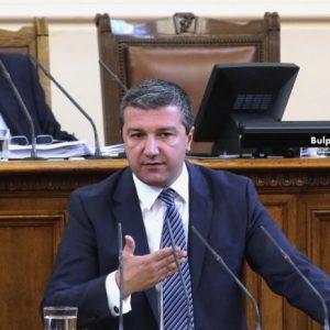 Драгомир Стойнев: Трябва да убедим хората, че сме промяната