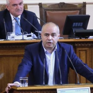 Свиленски: Равностойни ли сме аз и Борисов - той в служебната