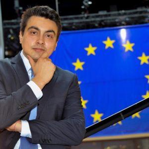 Момчил Неков успя да включи български продукт в споразумението с Китай