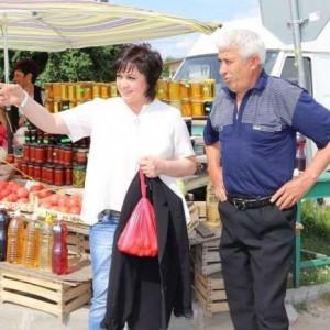 Корнелия Нинова: Настояваме за преразпределяне на субсидиите - по-голямата част да е за производителите на плодове и зеленчуци