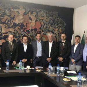 Момчил Неков: Популяризирането на българския мед е въпрос на национален приоритет