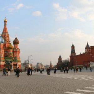 Москва призова европарламента да осъди оскверняването и унищожаването на съветски паметници