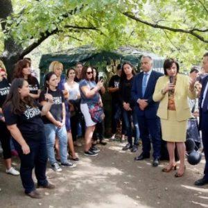 Корнелия Нинова към родителите на деца с увреждания: Подкрепяме ви от първия ден, още през юли внесохме Закона за личната помощ
