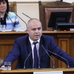 Георги Свиленски: Най-достойното за един ръководител е да подаде оставка и да поиска нов кредит на доверие