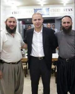 istinata-lasna-sina-na-erdogan-se-snima-s-dzhihadisti-ot-idil-16-11-2015-09-31-04