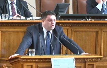 Зафиров: Промените в Закона за отбраната са национално предателство