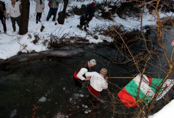 Резил – калоферци унижиха областния на Пловдив