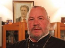 Отец Боян Саръев да се кандидатира за президент