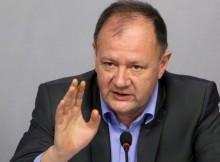 Михаил Миков: Правителството разглежда България като бананова република, но тук банани не растат