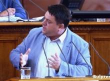 Атанас Зафиров: Илюзия е, че сме в състояние да купуваме ескадрили и да строим кораби за милиарди