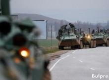 Извънредно! Порошенко обяви военно положение на границата в Крим