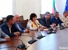 Корнелия Нинова: С АБВ се сближихме около кандидатурата на ген. Радев за президент. Предстои решение на партийните органи