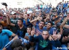Словенският премиер: Ако бежанската вълна продължи, за Европа ще стане страшно - балканските държави може да се сбият