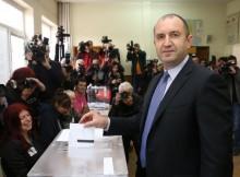 Ген. Румен Радев: Гласувах за това хората да вземат демокрацията в свои ръце