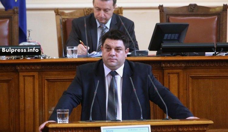 Атанас Зафиров:  Управляващите са сковани от тежък страх. Краят на управлението им е близък
