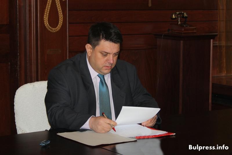 Депутатът Атанас Зафиров с приемен ден в Черноморец