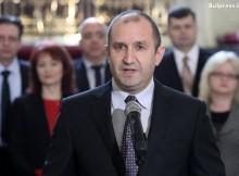 Експерти обясниха как Радев вече доказа, че не е човек на Путин