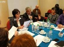 Корнелия Нинова: Години говорим за децентрализация. Да я направим