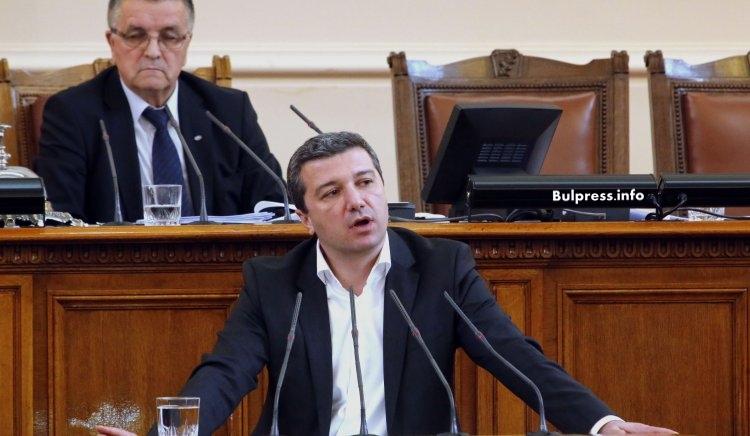 Драгомир Стойнев: Въгледобивът не се спасява от залите за пресконференции, а с бързи реакции пред ЕК