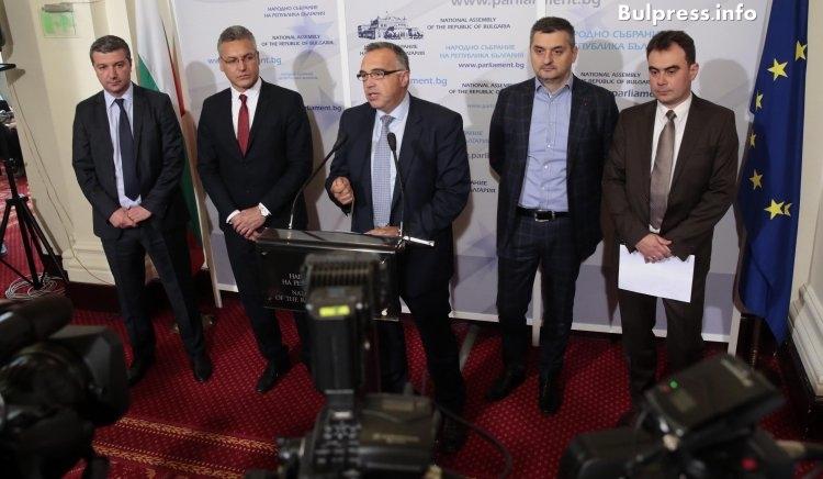 Антон Кутев: Промените, залагани в правилника на НС, са цензура и диктатура