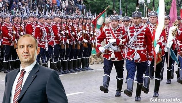 Румен Радев призова политиците да се опират на военната експертиза