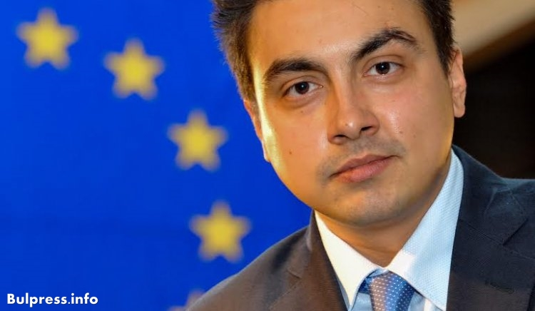 Момчил Неков е най-проевропейският млад евродепутат