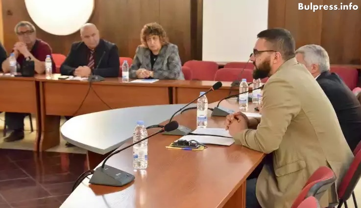 Стоян Мирчев в Русе: Образователната система е лишена от основни принципи на възпитанието