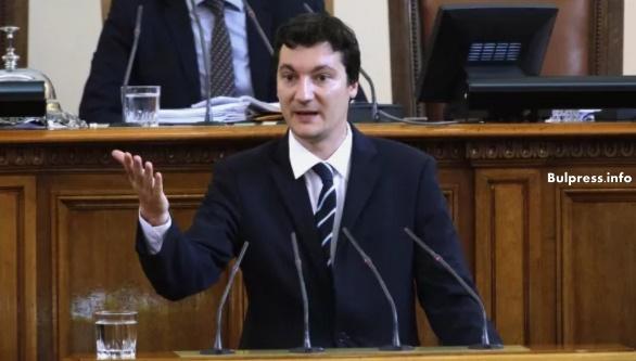 Крум Зарков: Опозицията не може да играе ролята на декор заради европредседателството