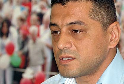 Янков от БСП: Бойко Борисов подготвя нова вълна мигранти
