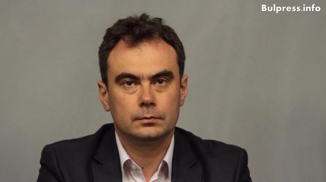 Жельо Бойчев: В момента се отказва достъп до медицинско обслужване на български граждани