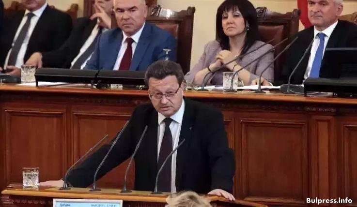 Таско Ерменков: НДСВ и кабинетът на Борисов продадоха ЧЕЗ и оставиха държавата без контрол