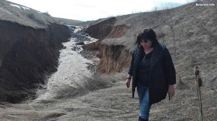 Корнелия Нинова: За пореден път правителството демонстрира безпомощност и хаос