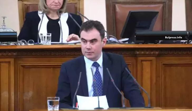 "Жельо Бойчев: ""Инерком"" на Гинка с безсрочен договор за най-апетитните имоти на Софийската митрополия"