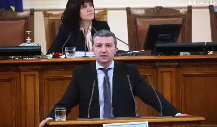 Драгомир Стойнев: В случая с ЧЕЗ държавата е безпомощна