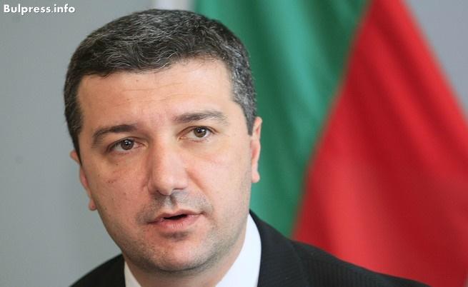Драгомир Стойнев: ГЕРБ отне правото на опозицията да защити българските предприемачи