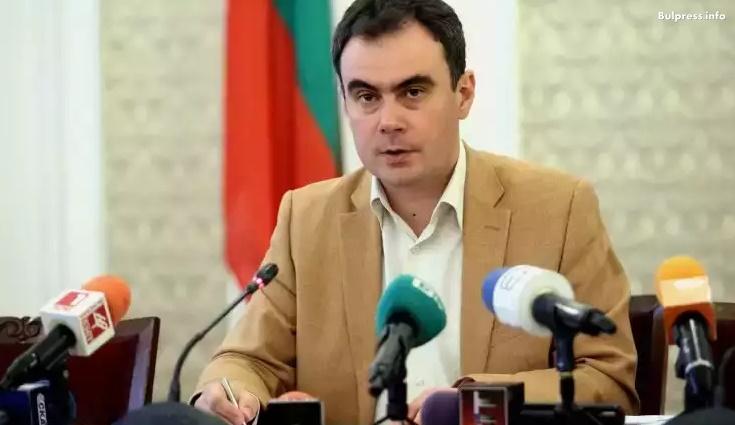 Жельо Бойчев за ЧЕЗ: Смущаващи са действията на институциите