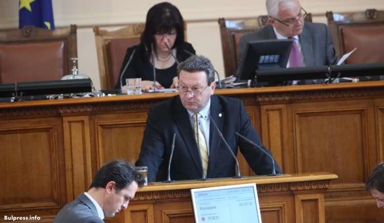 Таско Ерменков: КЕВР трябва да бъде упълномощен да осъществява контрол