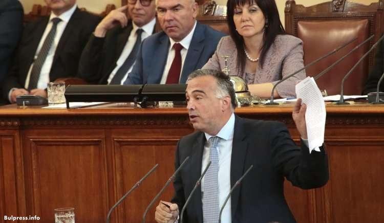 Антон Кутев: Управляващите носят отговорност за свободата на словото