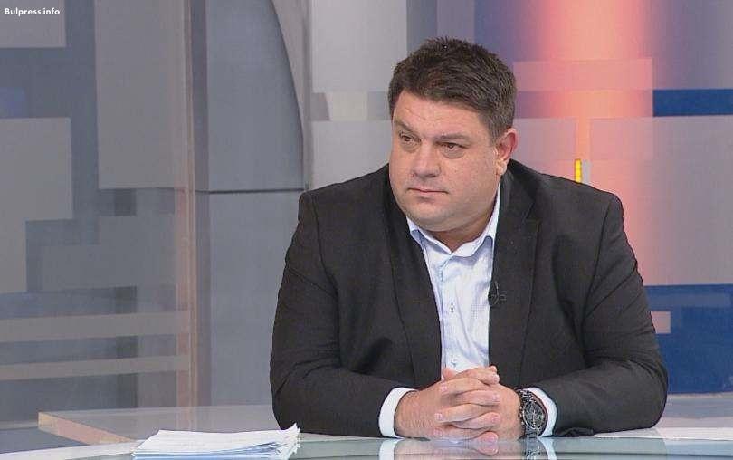 Атанас Зафиров: Правителството е вредно за страната