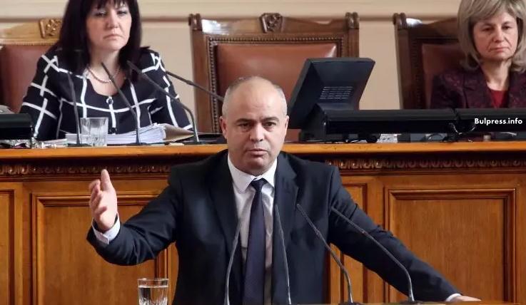 Георги Свиленски: Управляващите не защитават българските превозвачи