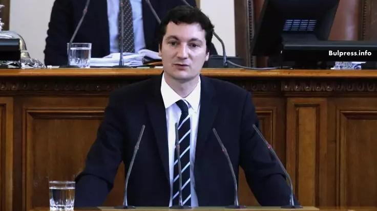 Крум Зарков: Под въпрос е политическата свобода на гражданите