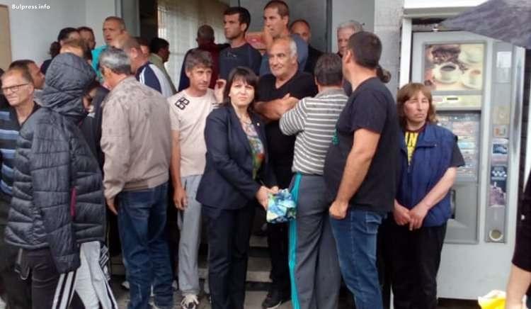 Веска Ненчева: Задължително е спешното приемане на Закон за розата