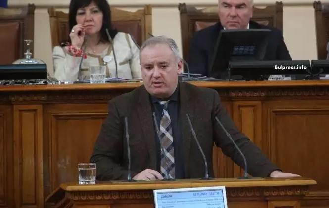 """Атанас Костадинов: За АЕЦ """"Белене"""" се говори политически, но не и икономически"""