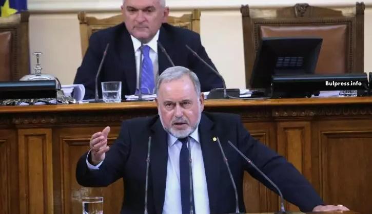 Славчо Велков: Управляващите са неспособни да се справят с предизвикателствата пред националната ни сигурност