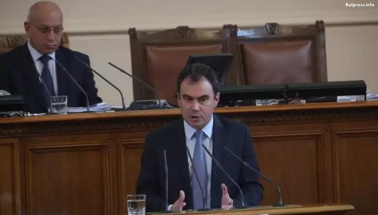"""Жельо Бойчев: С решението за """"Белене"""" ГЕРБ изразява недоверие към министъра и правителството си"""