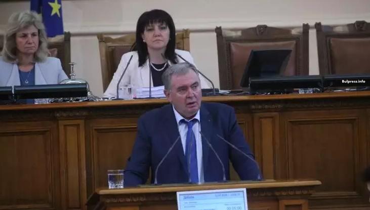 Проф. Георги Михайлов: Дали проблемът с лекарствата за хипертония не е провокиран от частни интереси