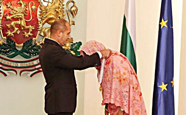 Президентът Румен Радев връчи орден