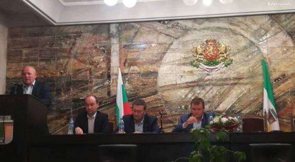 """Жители на Балчик подкрепиха идеята на """"Визия за България"""" за един учебник по предмет"""
