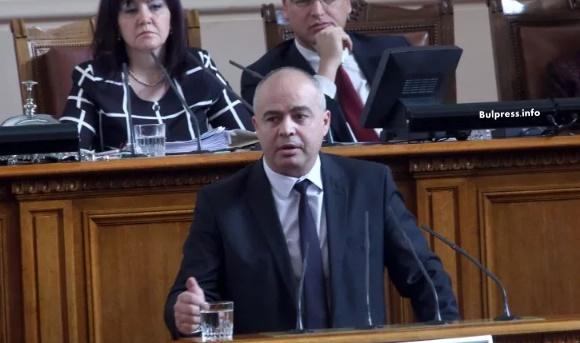 Георги Свиленски: Цветанов вече ще е с протегнати ръце: едната- към патриотите, другата- към ДПС