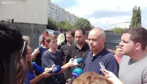 """Георги Свиленски: Шест часа никоя институция не обръща внимание на инцидента в """"Овча купел"""""""